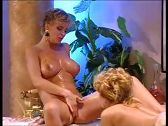 Two blondes, a handful of here short hair mark-up to a handful of here smart hair play lezzie games in the tub